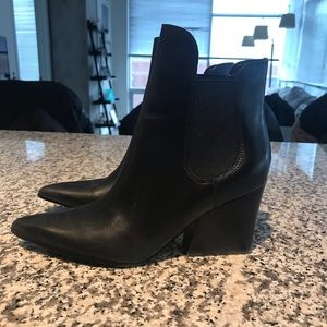 Kendall & Kylie Black Leather Fox Booties